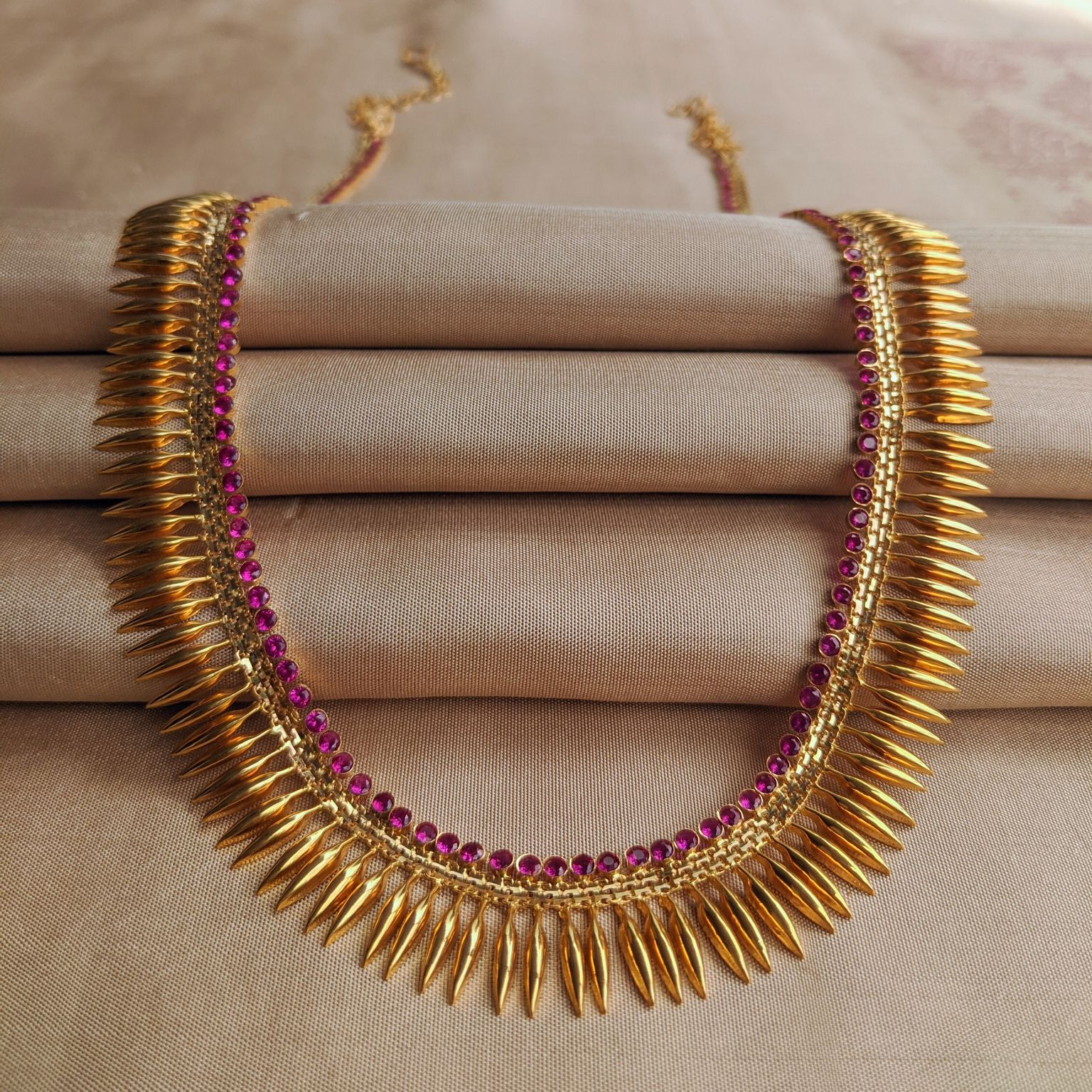 Necklace – Long - Mallige with Red Stone | Gujjadi Swarna Jewellers