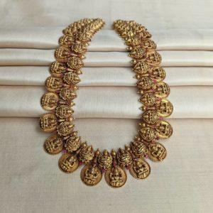 Necklace – Antique Lakshmi Kasu Coin Lakshmi Motif with Cob Ruby